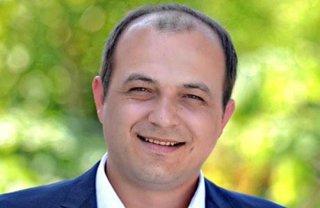 Nikos Batzios