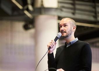 Eric Stoller speaking at Digifest 2016
