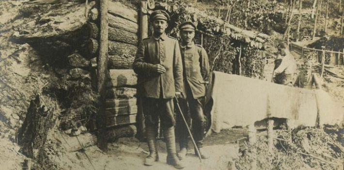 Zadik: Photograph depicting German soldiers on the Eastern Front, 1917