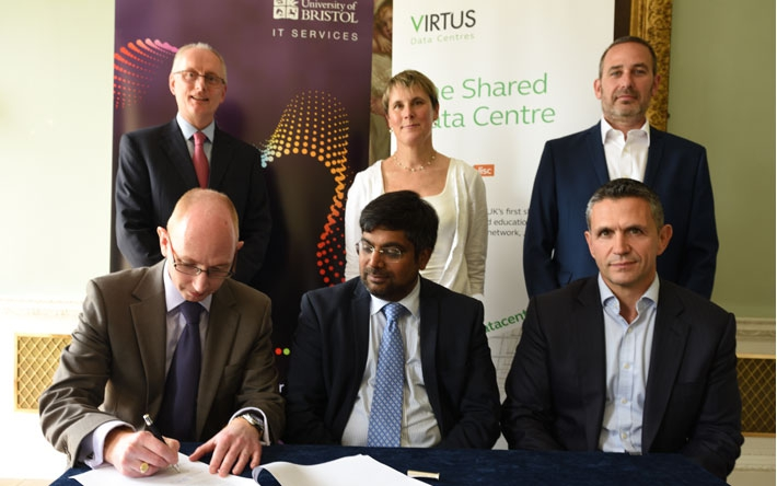 University of Bristol signs the new data centre agreement with Virtus