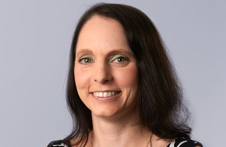 Lynda  Guttenberg