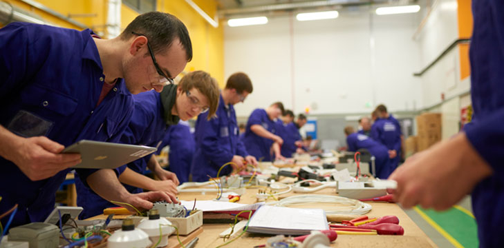 Students working at North Lindsay College